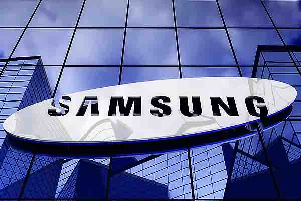 Samsung cuts LCD production, shifts focus to QD-OLED displays