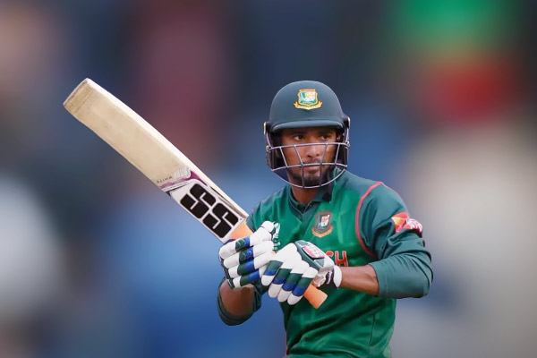 Mahmudullah fifty guides Bangladesh to tri-series final