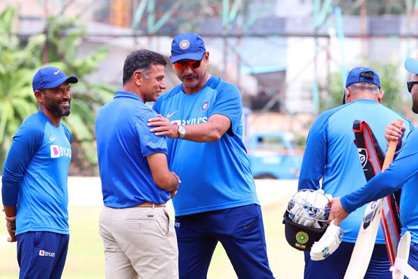 Rahul Dravid joins Team India in practice session
