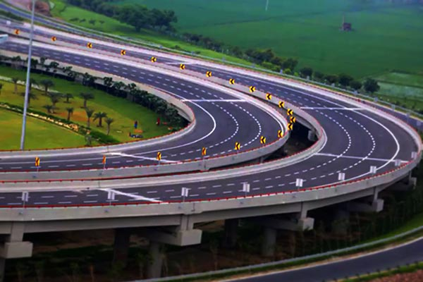 Report suggest that UP's Yamuna expressway witnessed 'Highest ever' deaths on road in 2019