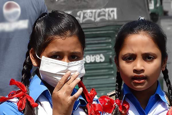 दिल्ली में बढ़ते प्रदूषण को लेकर नगर निगम ने कसी नकेल, 3 दिन में वसूला 15 लाख का जुर्माना