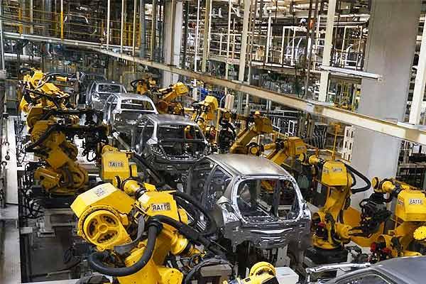 Auto sector slump, Maruti Suzuki production down for 9th consecutive month