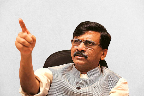 Shivsena's Sanjay Raut admitted in hospital ahead of government