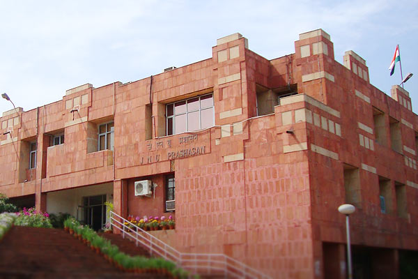 Parents of 40% students in JNU have a monthly income of 12 thousand rupees