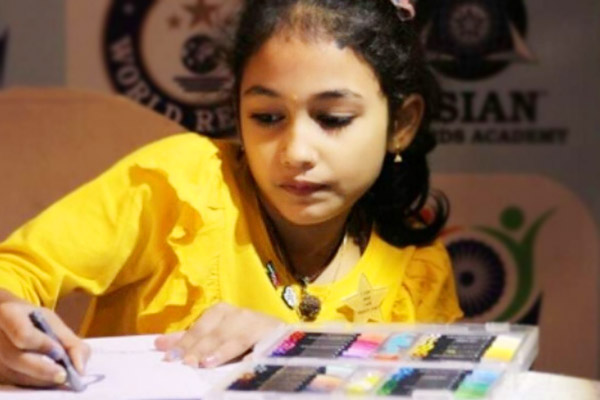 An 8-year-old Indian girl PDV Sahruda has set 2 worlds records