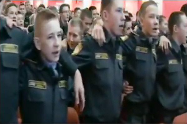 Russian army sang patriotic songs of India