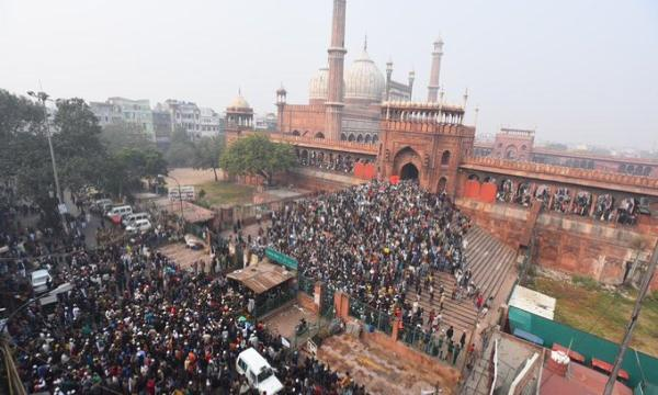 Demonstration took place near Hari Masjid in Mumbai and Charminar in Hyderabad
