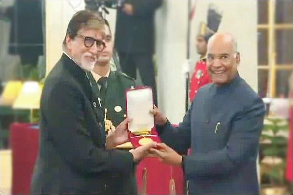 Veteran actor Amitabh Bachchan honoured with Dada Saheb Phalke Award