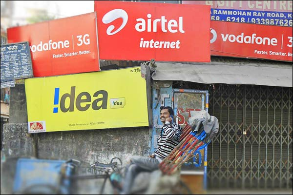 India $21 billion telecom war comes down to $2