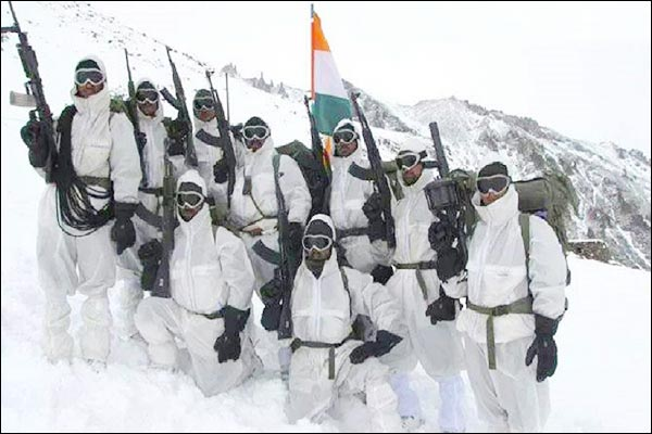 Every soldier of Siachen is equipped with kit and equipment worth millions of rupees