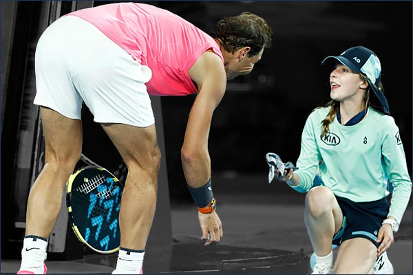 Ball girl gets Rafael Nadal shot apologizes for kiss
