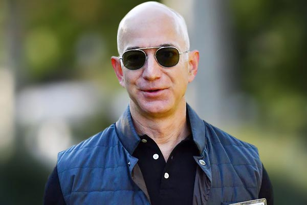 Amazon founder Jeff Bezos urges US judge to dismiss lawsuit filed by girlfriend brother