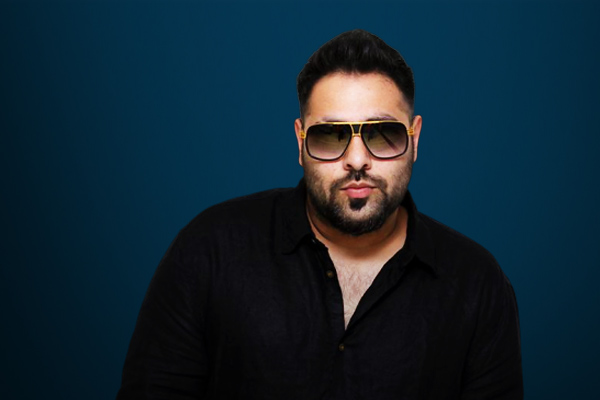 Rapper-Singer Badshah meets with an accident in Ludhiana escaped unhurt