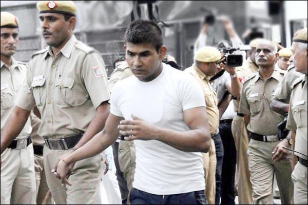 Nirbhaya convict moves Election Commission against Delhi govt