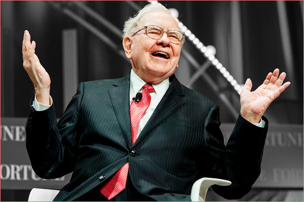 Warren Buffet spends $2.2 billion on buying Berkshire shares, the most ever in a single quarter