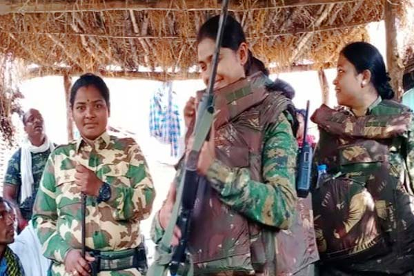Maharashtra police deploy women police officials in Gadchiroli to fight naxals