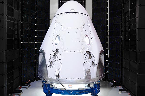 SpaceX to send 2 NASA astronauts to International Space Station in May