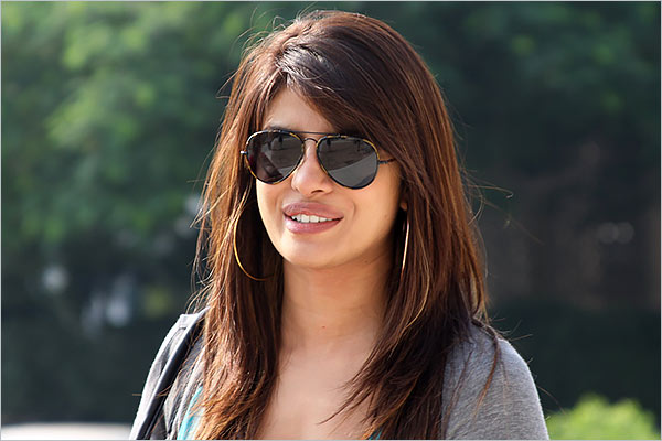 Priyanka Chopra to donate $100,000 in total to women heroes amid coronavirus crisis