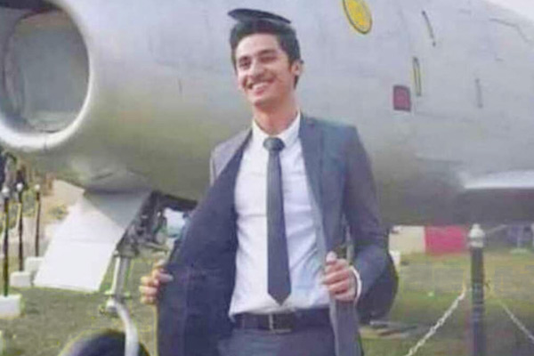 A Hindu youth Rahul Dev selected as pilot in Pakistan Air Force for the first time in country histor