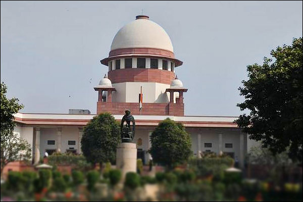 SC directs states to share train fare provide free food and water during journey to migrants
