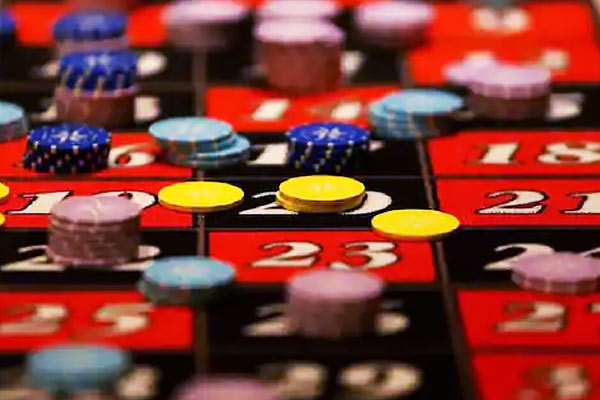 Bank cashier transferred Rs 1.56 crore from the customers account to play online rummy