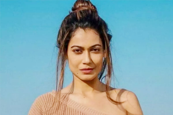 Payal Rohatgi faces legal trouble for promoting Hindu-Muslim Hatred with her comment on Safoora Zarg