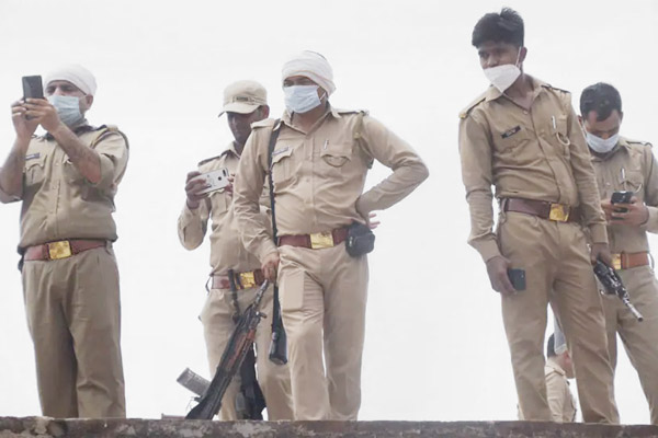 Uttar Pradesh authorities to probe insider role in death of 8 cops