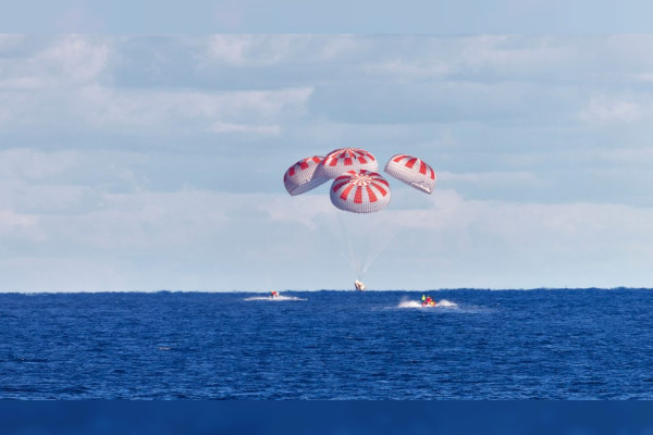 SpaceX just bought US astronauts back to Earth in rare splashdown