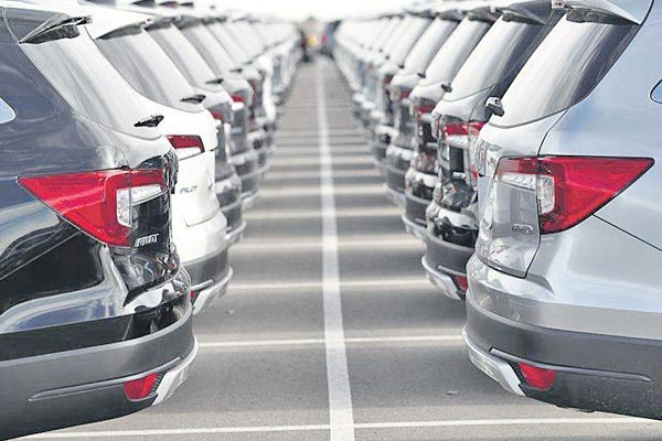 Passenger Vehicle Sales In India Rise 26 Pc In September